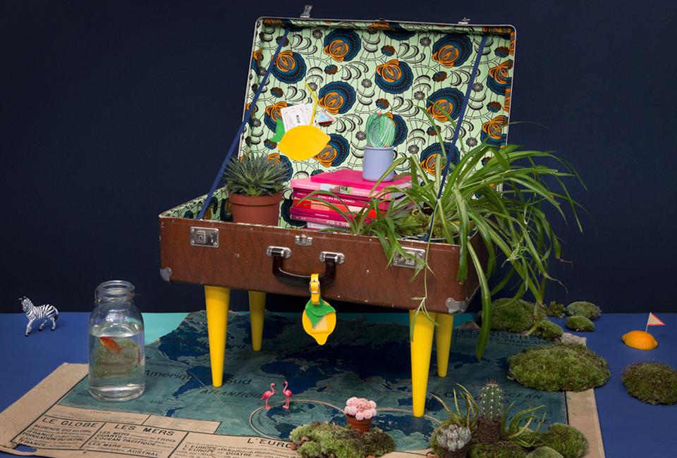 Création d'objet unique, une table à partir d'une valise vintage entièrement tapissée de wax authentique